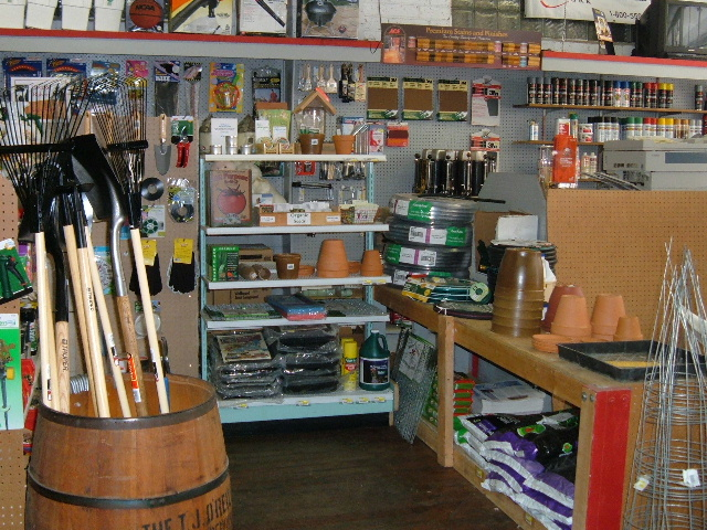 North fork hardware general store hardware gifts and for Gardeners supply burlington